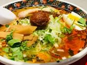 函館麺厨房あじさい 紅(くれない)店