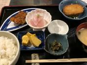 おばんさい定食!焼魚、刺身、大きめコロッケ全部が美味しい、そしてリーズナブル!