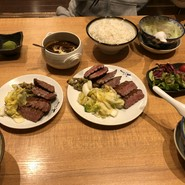 牛たん炭焼利久 泉本店