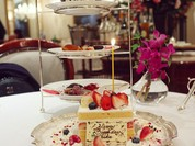Le Menu Anniversaireコースのスタンドに、ホールケーキを追加