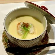 タラバ蟹と梅の茶碗蒸し 京都祇園献上梅使用