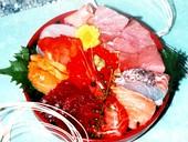 人気の海鮮丼 ※テイクアウト可